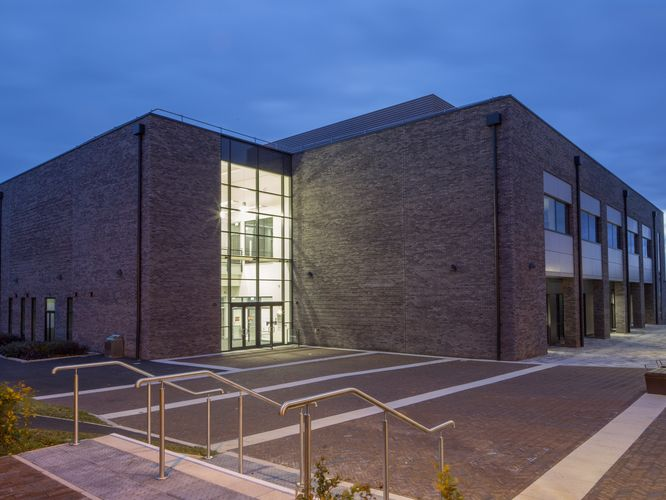 Nottingham Trent's state-of-the-art science facility wins construction award