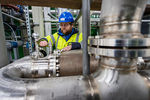 University of Brighton opens world's first grid-scale liquid air energy storage plant